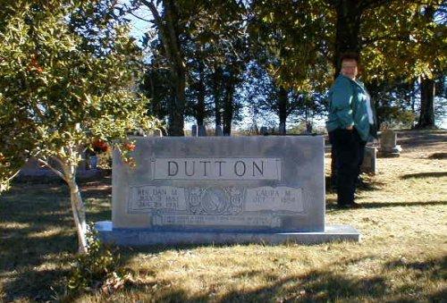 Dan Dutton grave